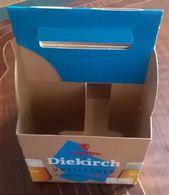 Luxembourg Panier En Carton Pour Le Transport De 4 Bières Diekirch Unfiltered - Affiches