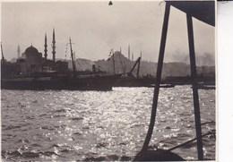 TURQUIE INSTANBUL 1925 Le Port Photo Amateur Format 7,5 X 5,5 Cm Environ - Décès