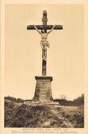 Missions Avril 1896 - Avril 1937 - Chalais (Charente) Croix En Ciment, Christ En Fonte - Carte Non Circulée - Missions