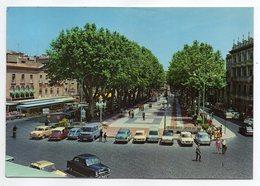 Espagne -- FIGUERAS -- Rambla  De Sara Jorda (petite Animation,voitures  Dont Peugeot 403 Et Citroen DS....) - Gerona