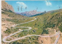 Dolomiti-Passo Di Falzarego - Italia