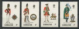 Gibraltar 1970 N° 232/235 ** Neufs MNH Superbes C 5 € Uniformes Militaires Ecosse Pays De Galles Irlandais Régiment Rein - Gibraltar