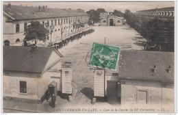 SAINT GERMAIN EN LAYE COUR DE LA CASERNE DU 11e CUIRASSIERS TBE - St. Germain En Laye