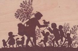 Carte En BOIS 9x14 . HOLZ FÜR DEN WALD Ombres Chinoises Dresseur écureil Et Enfants Dans Forêt .Orkan LOTHAR 26/12/1999 - Postcards