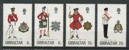 Gibraltar 1975 N° 316/319 ** Neufs MNH Superbes C 6 € Uniformes Militaires Infanterie Highlands Gardes Coldstream Surrey - Gibraltar