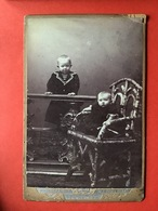 OUDE FOTO - VIEILLE PHOTO - 2 ENFANTS GARCONS - 2 JONGENS - W.F. Boelsums - Den Helder - Old (before 1900)