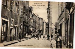 CPA MONTBRISON - La Rue MARTIN-Bernard (226362) - Montbrison
