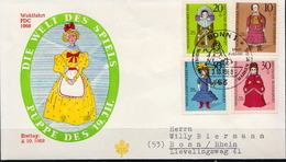 Germany Set On Used FDC From 1968 - Dolls