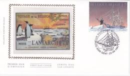 FDC Sur Soie  - Voyage De La Belgica Antarctique - Timbre N°2726 - 2001-10