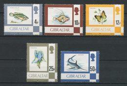 Gibraltar 1981 N° 420/424 ** Neufs MNH Superbes C 26,50 € Faune Poissons Papillons Fleurs Iris Série Courante - Gibraltar