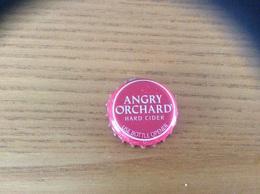 """Capsule De Cidre *x Etats-Unis """"ANGRY ORCHARD - HARD CIDER"""" USA - Capsules & Plaques De Muselet"""