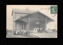C.P.A. DE LA GARE A LE PIN 03 - Autres Communes
