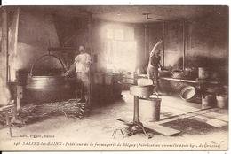 SALINS LES BAINS. INTERIEUR DE LA FROMAGERIE DE BLEGNY. GRUYERE - France