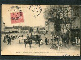 CPA - SAINT BRIEUC - Place Duguesclin, Animé - Attelages - Saint-Brieuc