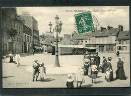 CPA - SAINT BRIEUC - Place Duguesclin, Animé - Forains - Saint-Brieuc