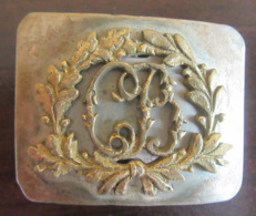 Boucle De Ceinturon Ancienne En Métal (Laiton ?) Et Monogramme CB Dans Une Couronne - Numérotée 15 Au Verso - Other