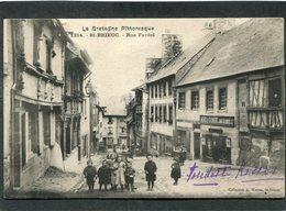 CPA - SAINT BRIEUC - La Rue Fardel, Animé - Saint-Brieuc