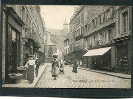 CPA - SAINT BRIEUC - Rue Saint-Gilles, Animé - Saint-Brieuc