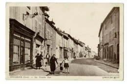 Cousance - La Grande Rue (animation, Chapellerie, Coiffeur, L'Economique, Les Docks) Pas Circulé - France