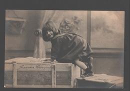 Fantasy / Fantaisie / Fantasie Kaart - Playing Kid / Enfant à La Jeu / Spelend Kind - Scènes & Paysages