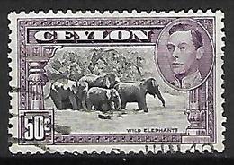 CEYLAN    -   1937  .  Y&T N° 260 Oblitéré .  Le Bain Des éléphants - Ceylon (...-1947)