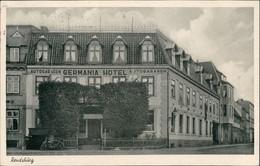 Ansichtskarte Rendsburg Germania Hotel Autogaragen Strassen Partie 1955   Gelaufen Mit Stempel RENDSBURG - Germania