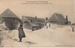 LES CÉVENNES PITTORESQUES - Le Village De Lachamp Raphaël En Hiver - Other Municipalities
