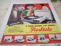ANCIENNE   PUBLICITE BONNE MUSIQUE C EST TOUJOURS RADIOLA  1964 - Plakate & Poster