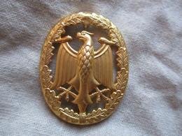 Badge Des Forces Armées Allemandes De La Compétence Militaire - Army