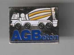 Pin's  A.G.Béton Implantée à CARROS ( Dép 06 ) - Städte
