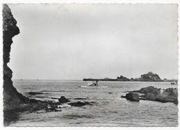 Banyuls Sur Mer La Jetée Et La Baie Pédalo - Banyuls Sur Mer