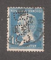 Perforé/perfin/lochung France No 179 B.F.G Pneus Goodrich - Francia