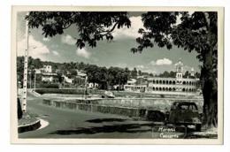 Carte Photo - Moroni - Vue Générale, Mosquée, 2CV Citroen Au Premier Plan - Pas Circulé - Comores