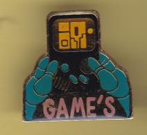 49576-Pin's.jeux.jouets.games - Jeux
