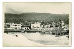 Carte Photo - Moroni - Quai Du Port (Cérémonie, Il Y A Foule)  Pas Circulé - Comores