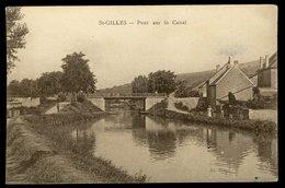 Saint-Gilles - Pont Sur Le Canal - France