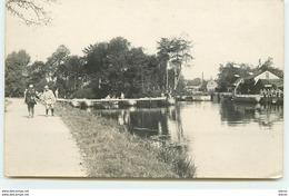 Construction D'un Pont De Bateaux Par Le Génie - N°1 - Régiments