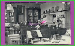 CPA (61 Orne) - ARGENTAN -  Institution Jeanne D'Arc - La Salle De Dessin - écrite Au Dos 1943 - Argentan