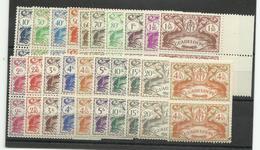 Guadeloupe 1938/ 57 Lot De Timbres Et De P.A. Neufs **/ * - Guadalupe (1884-1947)