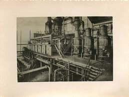 210819 - PHOTO ANNEES 1940 - MADAGASCAR ? - Canne à Sucre évaporateur Chaudière à Cuire Malaxeur Turbine - Madagaskar
