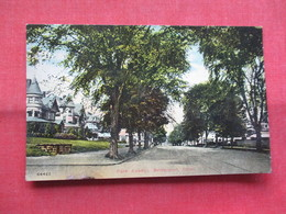 - Park Avenue  Connecticut > Bridgeport   Ref    3566 - Bridgeport