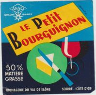 étiquette De Fromage:   Camembert   : Le  Petit  Bourguignon , Seurre , Côte D ' Or , Moyen  Format - Fromage