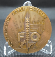 0026 - MEDAILLE CONFEDERATION FORCE OUVRIERE CGT 25è Anniversaire 1974 - Bronze - Autres