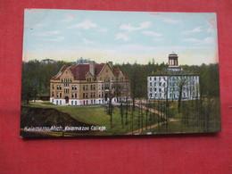Kalamazoo College     Kalamazoo  Michigan   Ref    3567 - Vereinigte Staaten