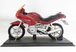 Miniature Moto 1/13 - BMW R1100 RS - Motos