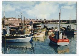 CPSM 44 ( Grand Format ) LA TURBALLE Le Port ( Bateaux ) - La Turballe