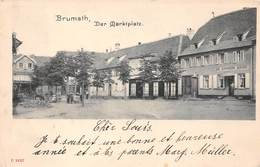 67 . N° 101254  .brumath .grande Place . - Brumath