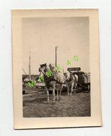 33 - BORDEAUX - 1919 SUR LES QUAIS CHARRETTE TIREE PAR 2 CHEVAUX RAFFINERIE DE SUCRE FRUGES EN ATTENTE DE DECHARGEMENT - Lieux