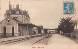 BELLAC - La Gare - Intérieur - Bellac