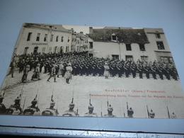 CARTE POSTALE GUERRE 14/18    SOLDATS ALLEMANDS PARTICPANT A UNE PRISE D'ARMES A NEUFCHATEL - 1914-18